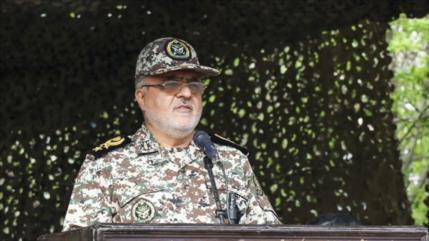 Líder de Irán designa nuevo comandante para Base de Defensa Aérea