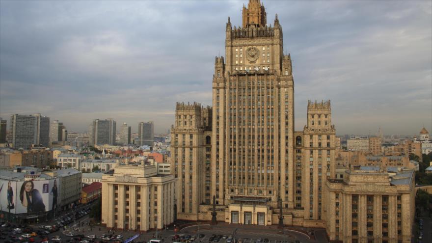 Edificio del Ministerio de Relaciones Exteriores de Rusia, Moscú (capital).