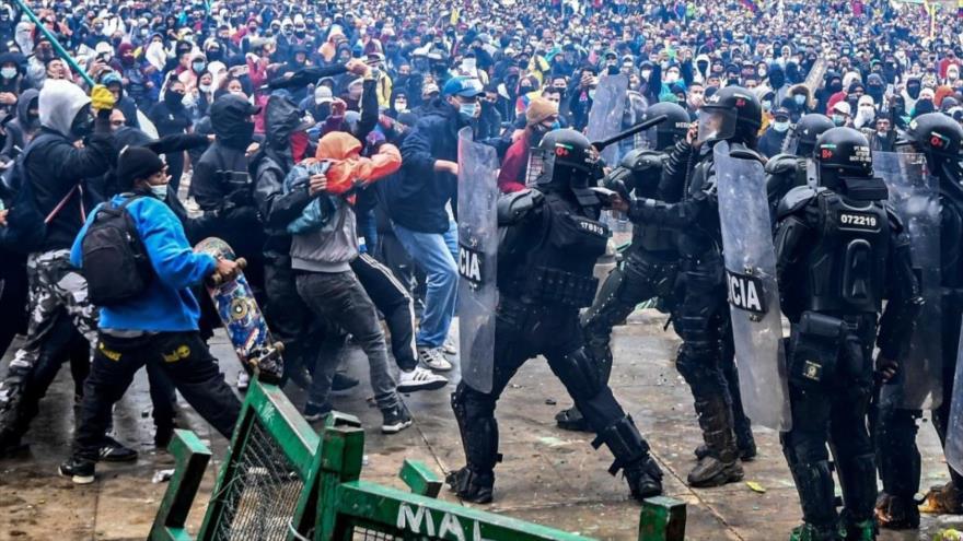 Colombia envía 2500 militares más a Cali para reprimir protestas | HISPANTV