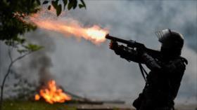 Represión policial deja ocho muertos en Cali, Colombia