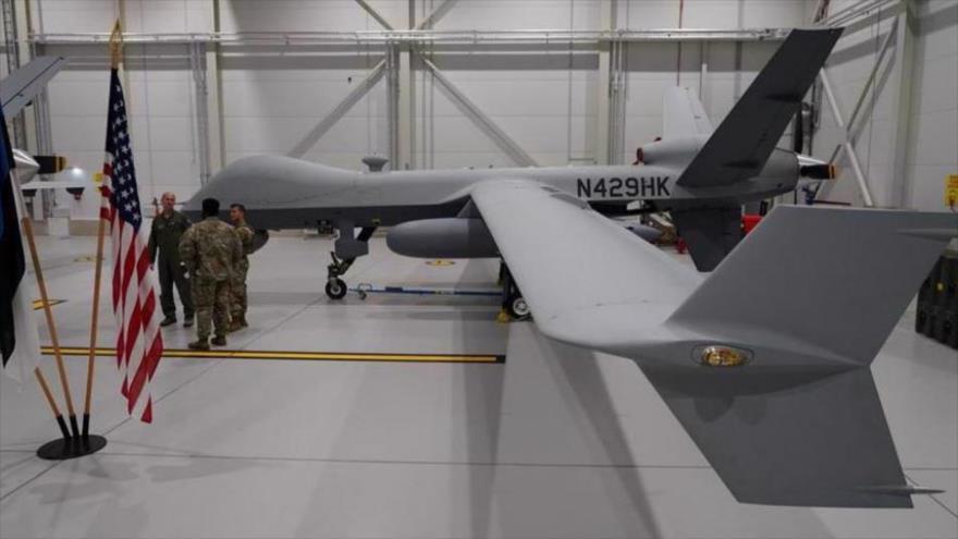Un dron MQ-9 Reaper de la Fuerza Aérea de EE.UU. en un hangar de la Base Aérea Amari, Estonia, 1 de julio de 2020. (Foto: Reuters)