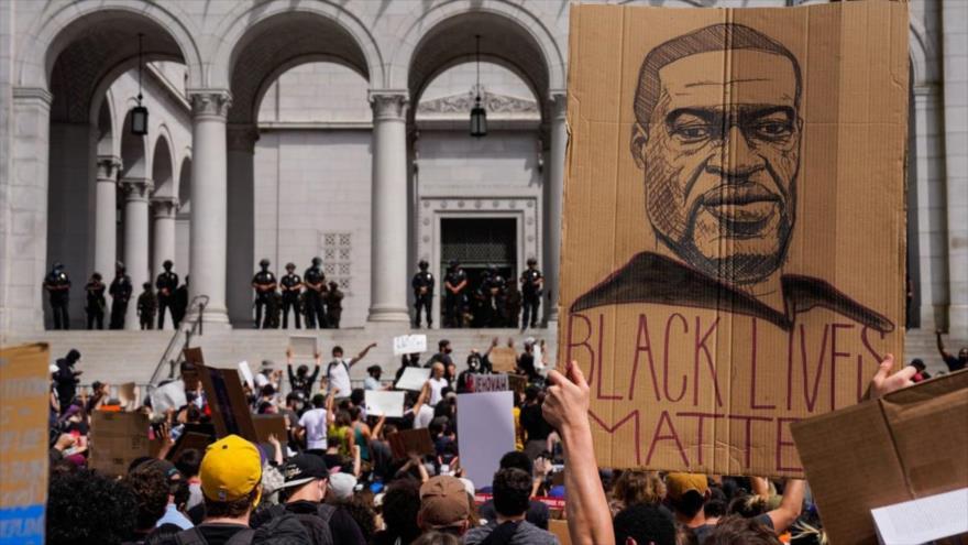 Republicanos piden a Biden retirar enseñanza de historia afroamericana