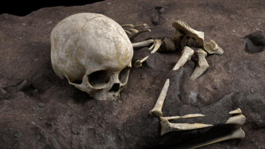 Mtoto, el niño de hace 78 000 años que ha sido descubierto en el enterramiento humano más antiguo de África. (Foto: EFE)