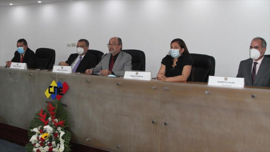 El Parlamento de Venezuela nombra nuevos directivos del CNE
