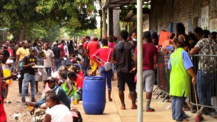 Migrantes haitianos se aglomeran en la Frontera Sur de México