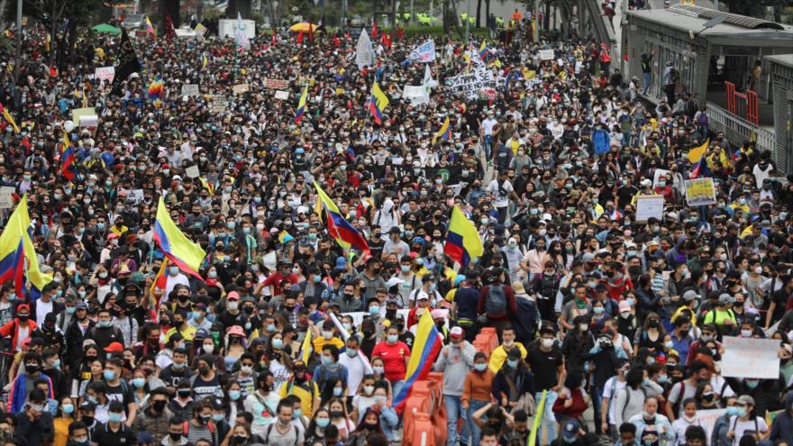 Marcha contra la reforma tributaria en Bogotá, Colombia, 28 de abril de 2021. (Foto: Reuters)