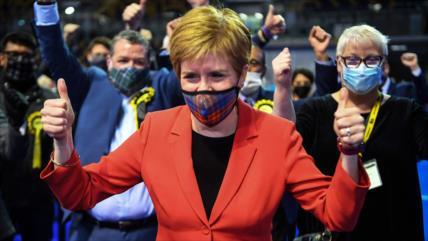 Soberanistas escoceses cerca del triunfo; Reino Unido se tambalea