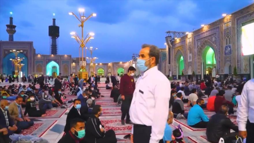 Albergan el mayor mantel de Iftar del mundo durante Ramadán en Irán