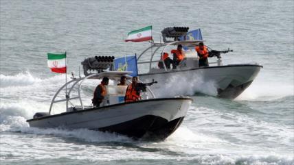 """Irán advierte a EEUU de """"acciones poco profesionales"""" en sus aguas"""