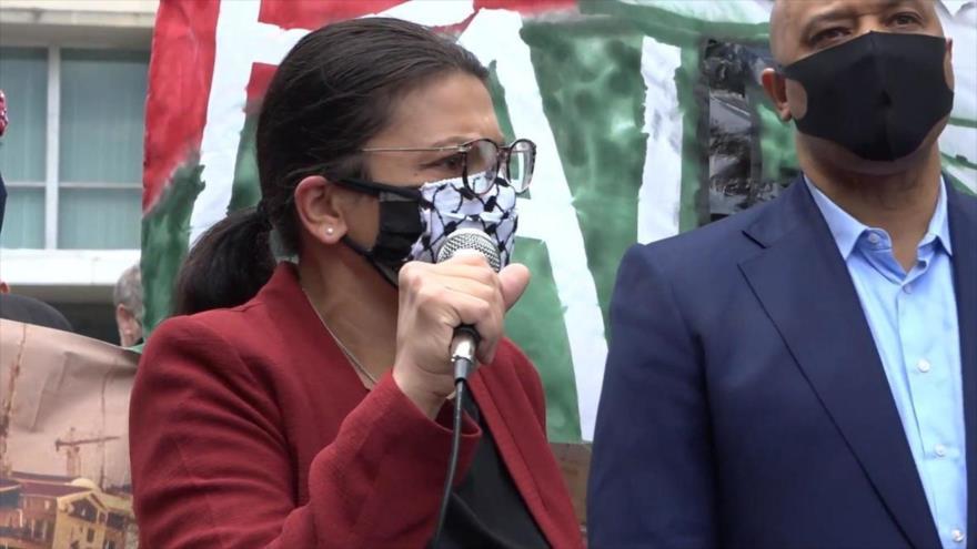 La congresista demócratas Rashida Tlaib habla en una manifestación a favor del pueblo palestino celebrada en Washington D.C., 11 de mayo de 2021.