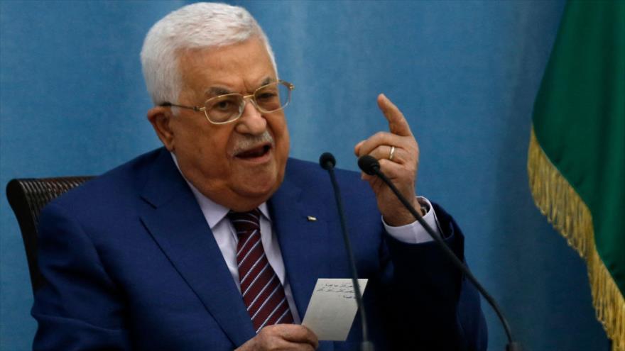 El presidente palestino, Mahmud Abás, habla durante una reunión en la ciudad cisjordana de Ramalá, 12 de mayo de 2021. (Foto: AFP)
