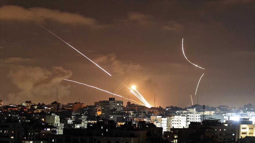 Vídeo: Lluvia de misiles palestinos cae sobre Tel Aviv y más allá | HISPANTV