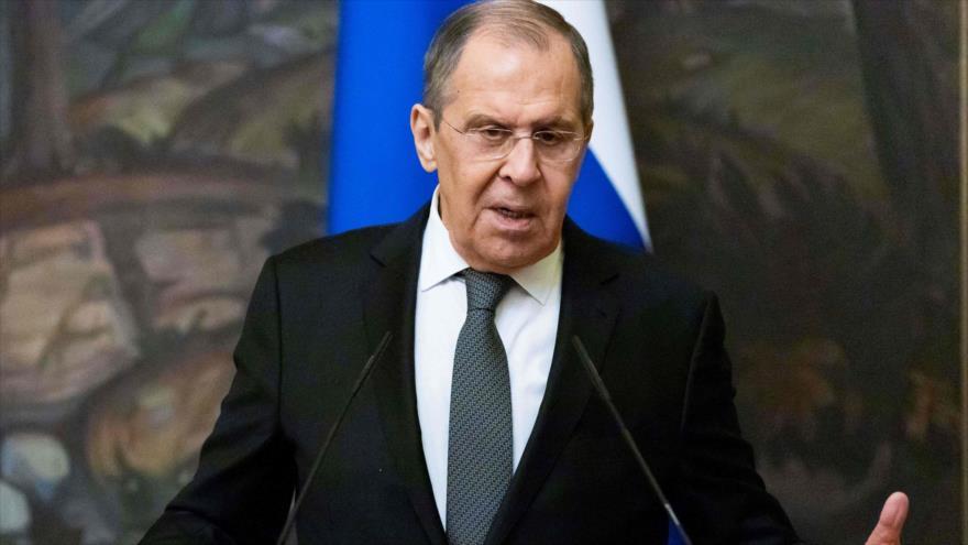 El ministro de Asuntos Exteriores de Rusia, Serguéi Lavrov, durante una conferencia de prensa en Moscú, 5 de mayo de 2021. (Foto: AFP)