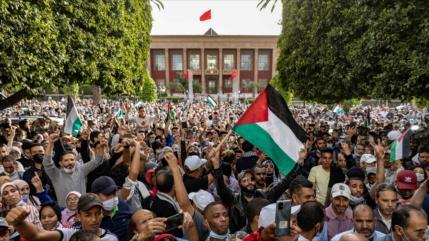 Vídeo: Marroquíes denuncian normalización con Israel y agresión a Gaza