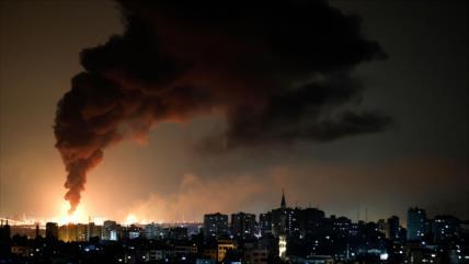 Andanada de misiles de HAMAS golpea 6 bases aéreas clave de Israel