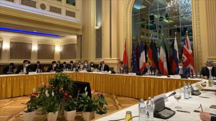 """Rusia: Está """"al alcance"""" un acuerdo sobre pacto nuclear con Irán"""
