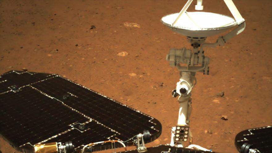 Imagen tomada por la cámara de navegación del rover Zhurong de China en la superficie de Marte, 19 de mayo de 2021. (Foto: CNSA)