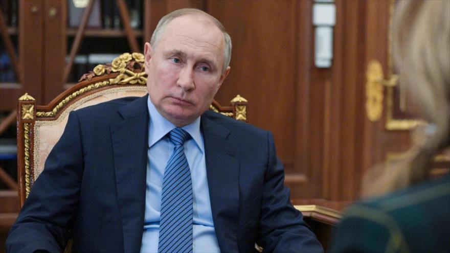 Putin alerta: Rusia romperá dientes a quien intente morderla