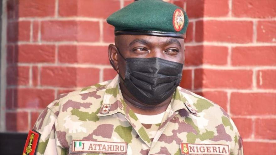 El jefe del Ejército de Nigeria, teniente general Ibrahim Attahiru, falleció en un accidente aéreo en Kaduna, 21 de mayo de 2021.
