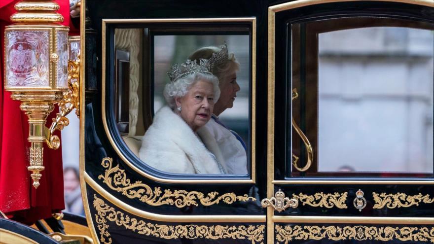 Encuesta: Jóvenes británicos están dando la espalda a la monarquía | HISPANTV