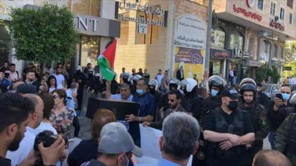 Los palestinos protestan contra la visita de Blinken a Ramalá
