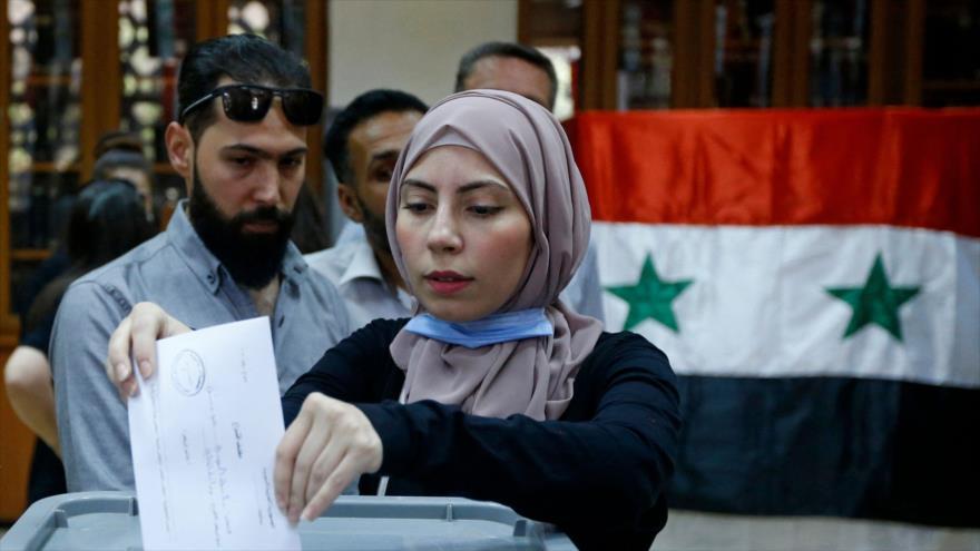 ¿Qué revela masiva participación de sirios en las presidenciales?