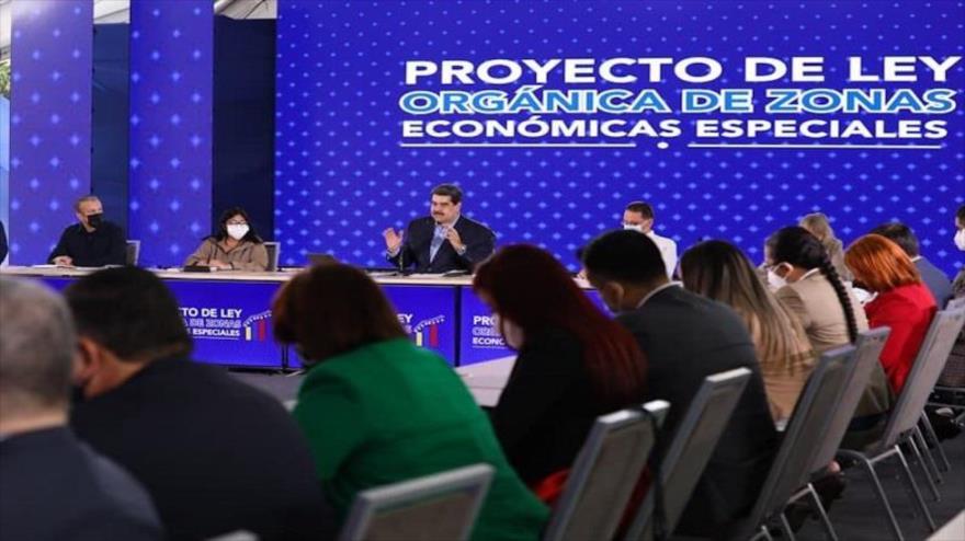 Maduro plantea tres condiciones para diálogo con la oposición | HISPANTV