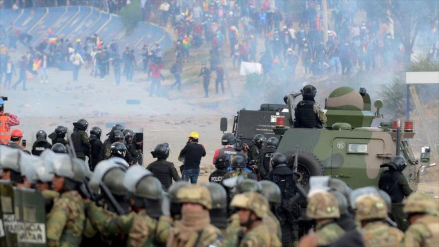 Justicia boliviana revela cómo Áñez autorizó reprimir las protestas | HISPANTV