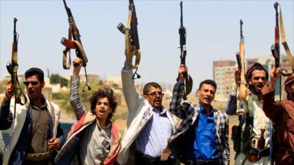 Vídeo: Tropas yemeníes toman control de 40 puestos militares saudíes