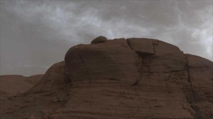 NASA capta nubes inusuales en Marte que brillan por la noche
