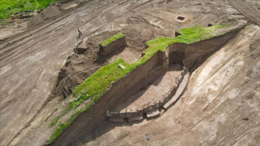 Excavaciones del montículo cerca del pueblo de Novoaleksándrovka, Ucrania.