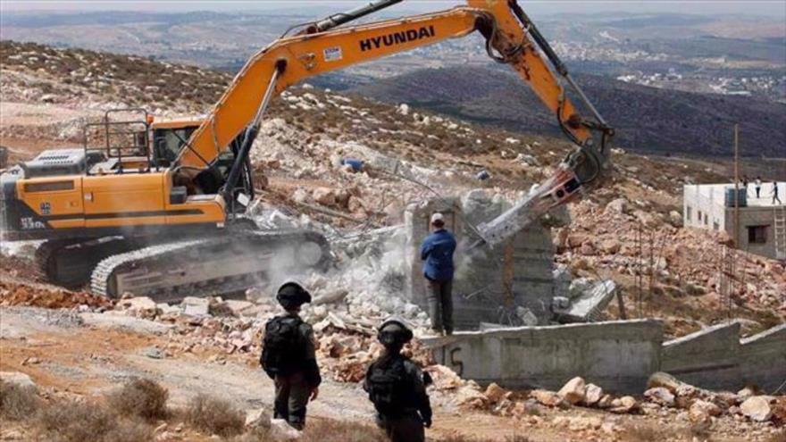 Israel demolerá 10 casas palestinas en Cisjordania con licencias | HISPANTV
