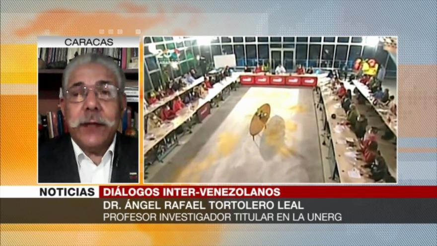 """""""Maduro tiene una posición ganadora con respecto a la oposición"""""""