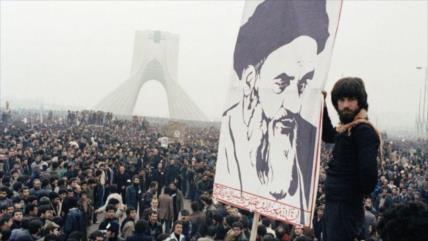 'La Revolución del Imam Jomeini salvó a la comunidad islámica'