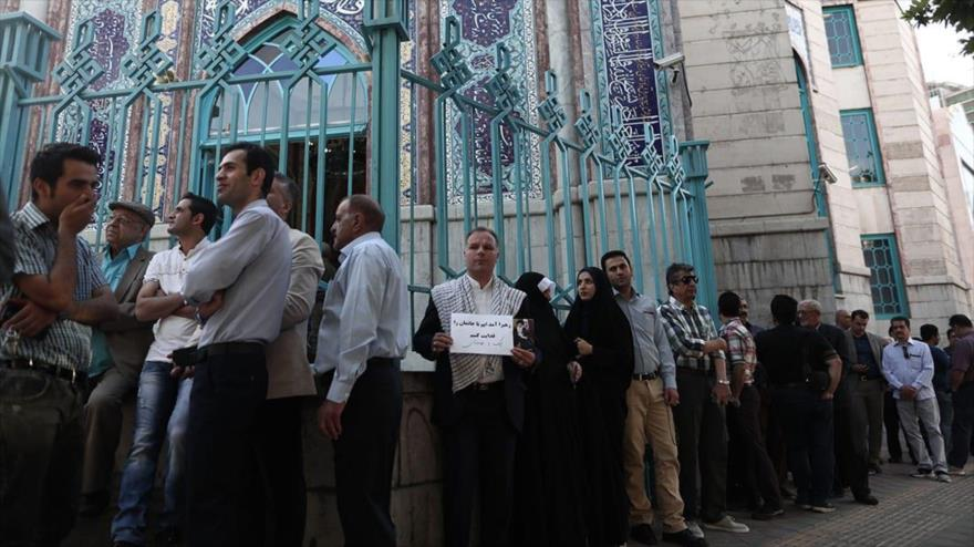 Líder de Irán: Participar en comicios es un deber del pueblo persa | HISPANTV