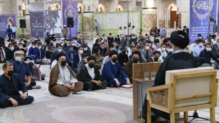 Irán conmemora 32.º aniversario del fallecimiento del Imam Jomeini