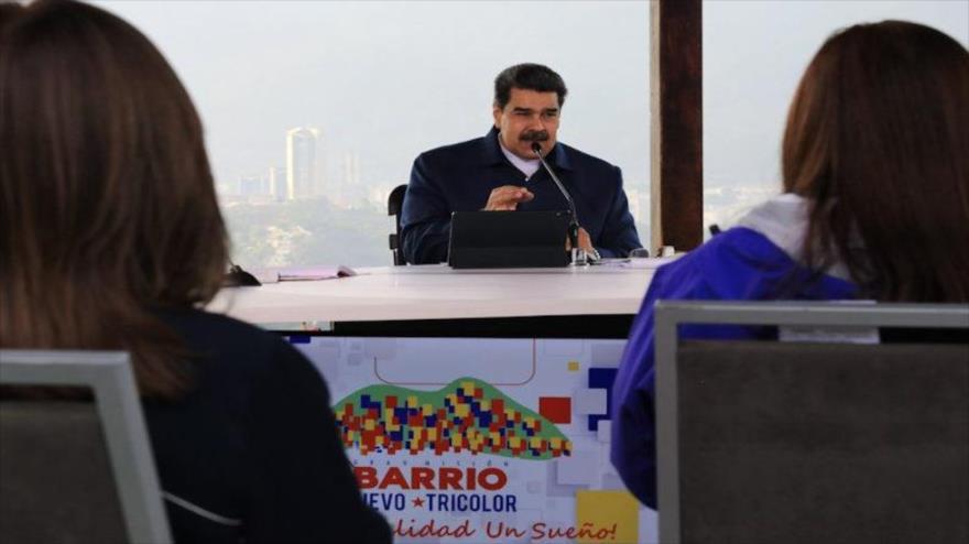 """Maduro denuncia campaña """"venenosa"""" de medios contra Venezuela"""