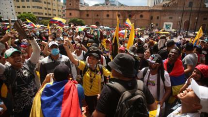 Colombia: la enorme crisis sociopolítica que provoca el neoliberalismo