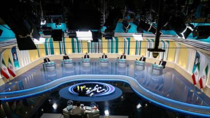 Candidatos a la Presidencia iraní asisten al 1.º debate televisivo