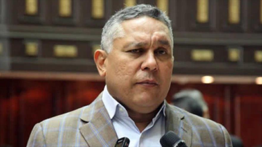 Presidente de la comisión de política interior de la Asamblea Nacional (AN) de Venezuela, Pedro Carreño.