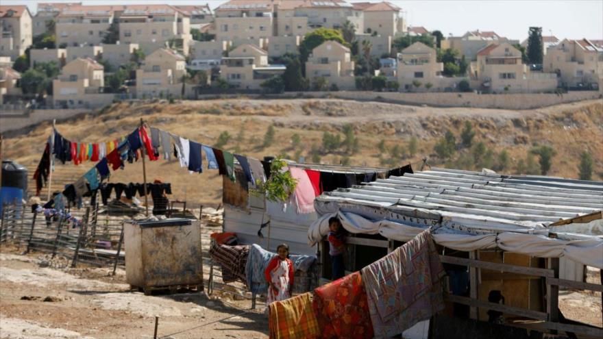 Excargos israelíes admiten aplicación de apartheid al estilo sudafricano