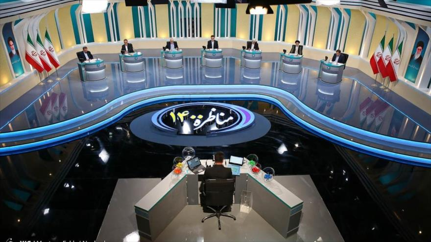 Segundo debate televisivo entre los candidatos a la Presidencia de Irán, 8 de junio de 2021. (Foto: YJC)