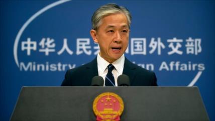 China al Reino Unido: Abandone nostalgia colonial sobre Hong Kong