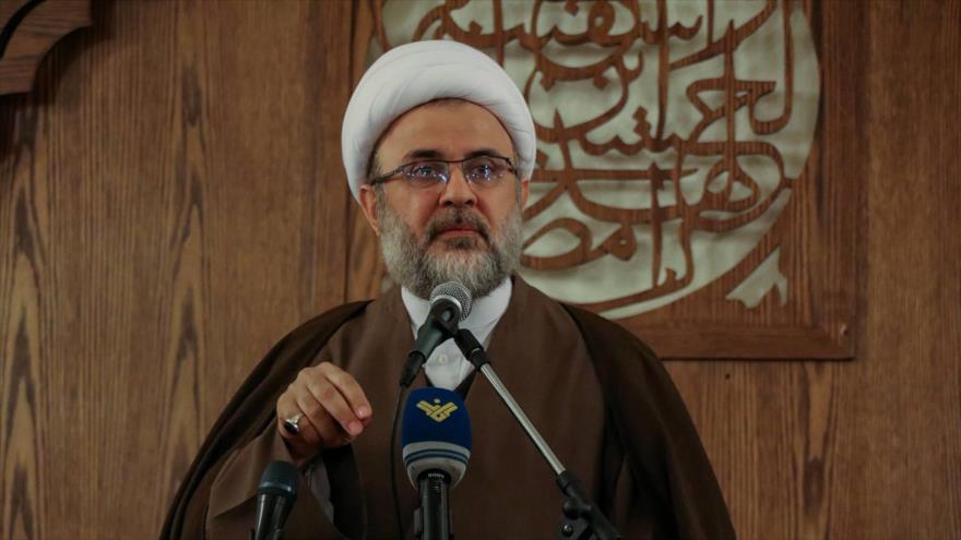 Sheij Nabil Qauq,miembro del Consejo Ejecutivo del Movimiento de Resistencia Islámica de El Líbano (Hezbolá).