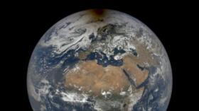 Imágenes de NASA: El Polo Norte 'en llamas' por eclipse solar