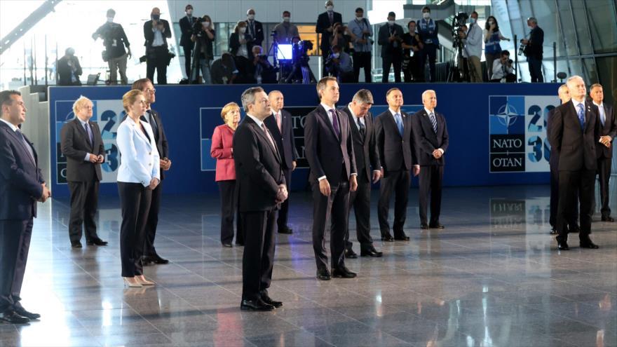 Los líderes de la OTAN tras una reunión en Bruselas, Bélgica, 14 de junio de 2021. (Foto: AFP)