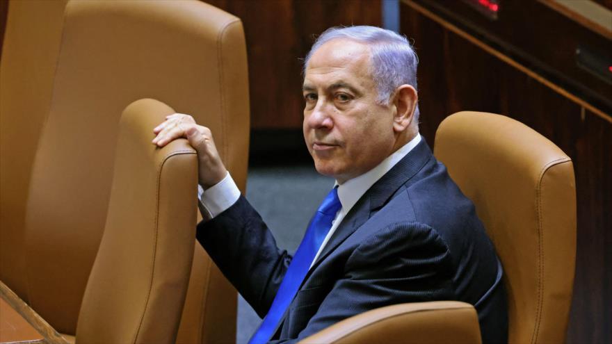El ex primer ministro israelí Benjamín Netanyahu durante una sesión especial del parlamento israelí, en Al-Quds, 13 de junio de 2021. (Foto: AFP)