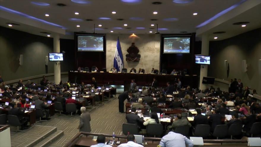 Diputados hondureños cobraron viáticos sin trabajar