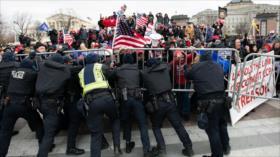 Difunden nuevos vídeos impactantes del asalto al Congreso de EEUU