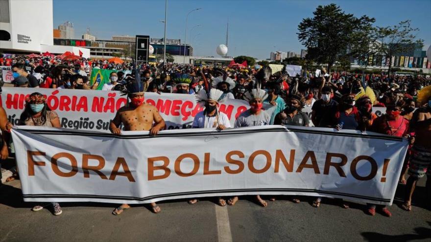 Brasileños protestan contra gestión de Bolsonaro durante la pandemia   HISPANTV